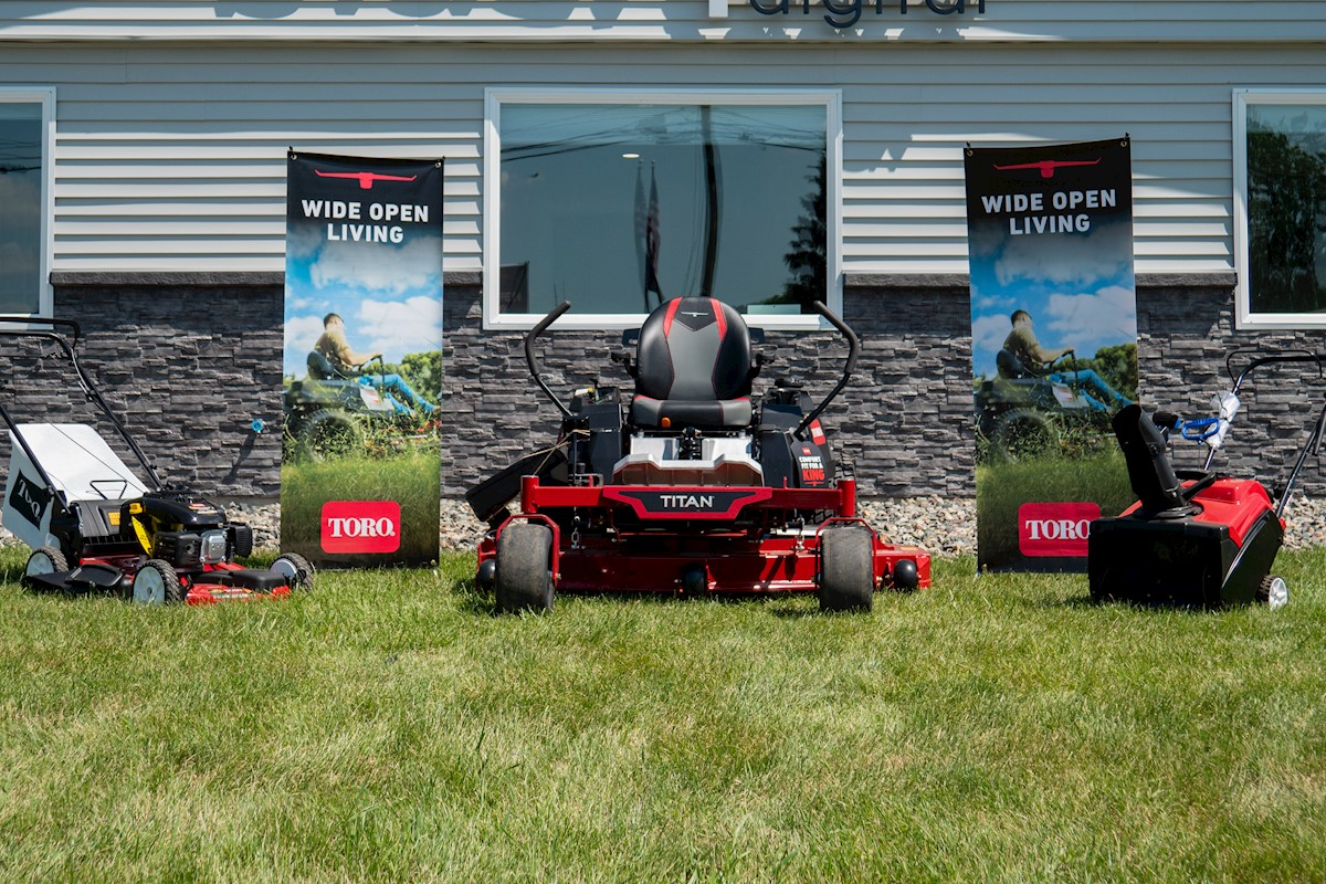Toro Titan 75313 Package
